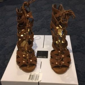 Solve vita heels